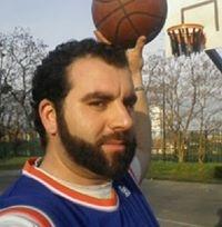 Portrait de Yanis Nis